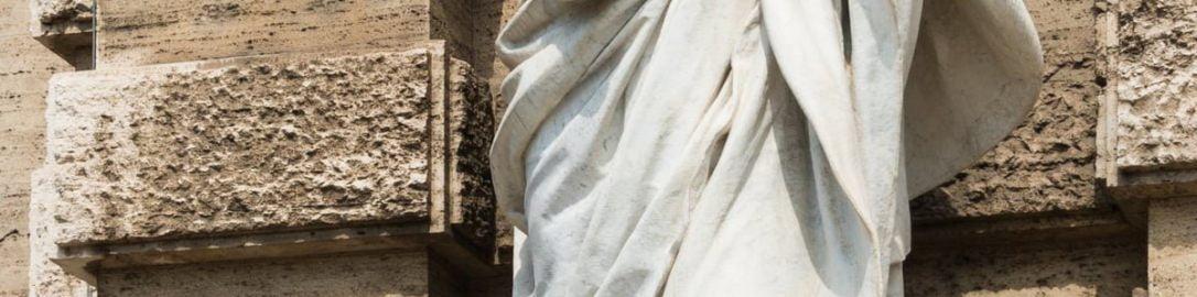 Statue of Cicero in front of the Palazzo di Giustizia in Rome