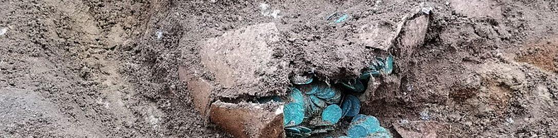 Odkryte na Węgrzech naczynie z monetami