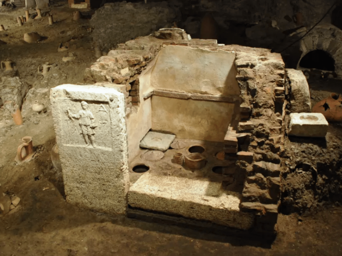 The burial of Alcimus
