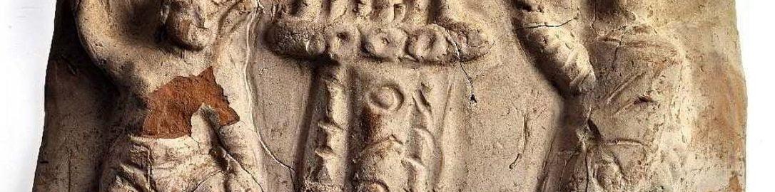 Relief rzymski ukazujący organy wodne i gladiatorów