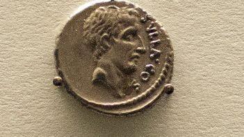 Denar rzymski ukazujący Sullę
